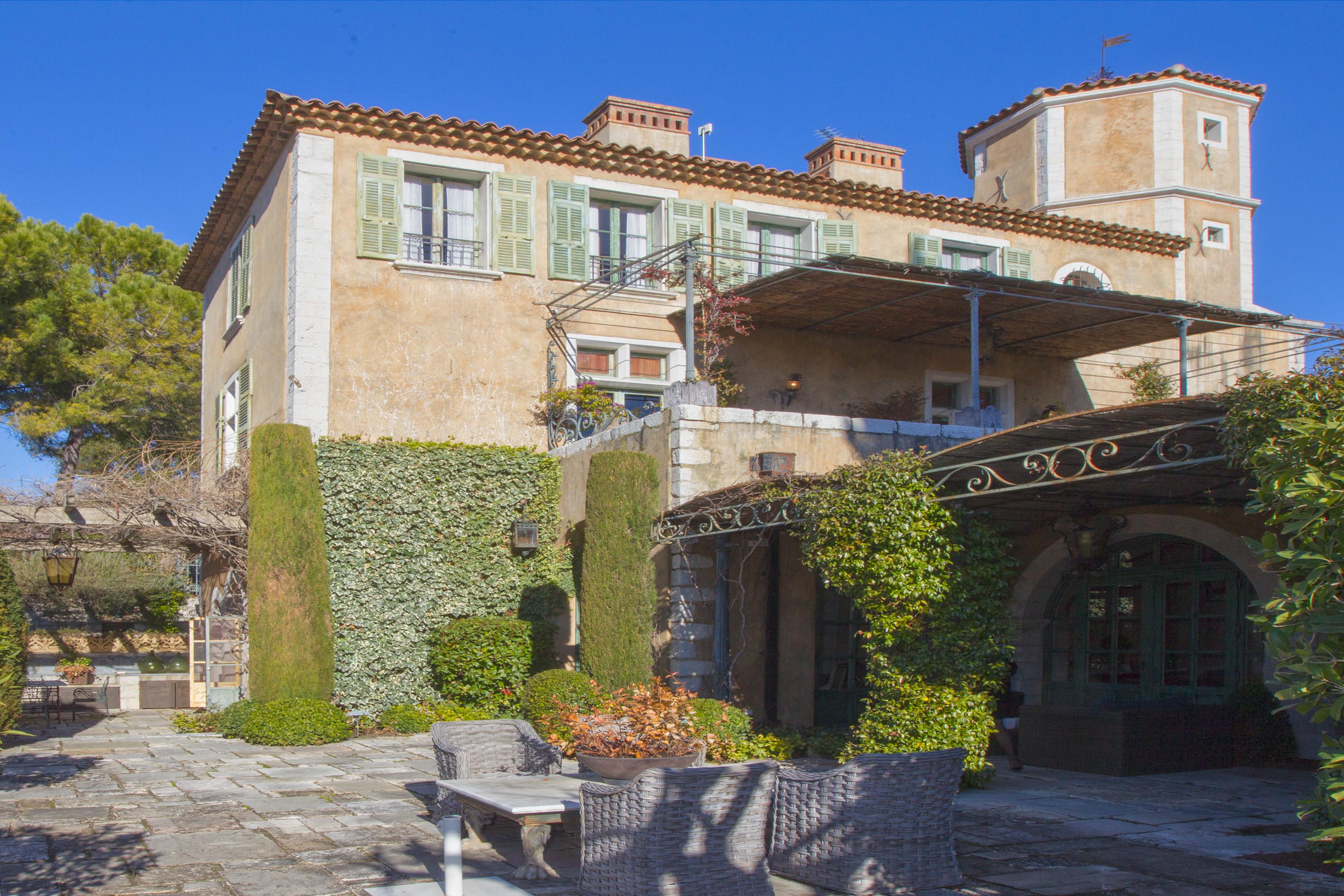 Chateau Nice
